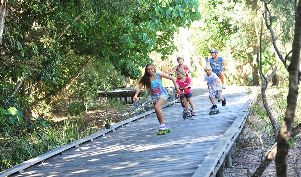 Kids on boardwalk
