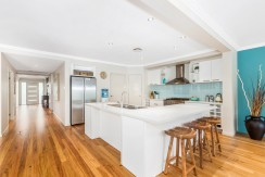 15 Narrabeen kitchen