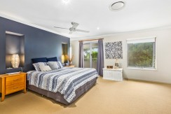 15 Narrabeen main bed