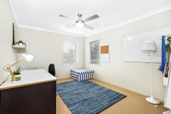 15 Narrabeen spare room