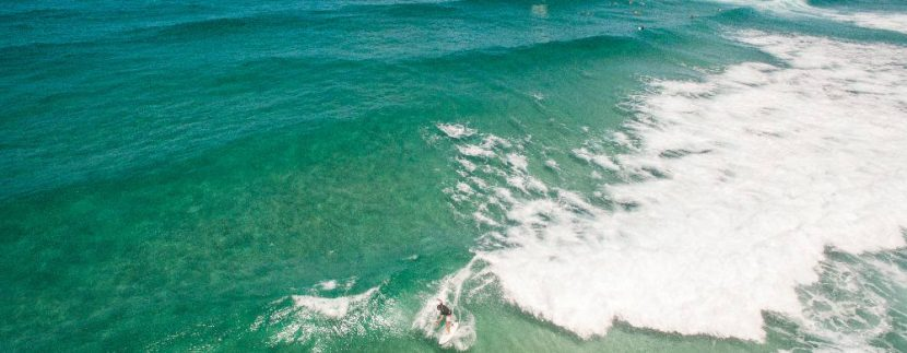 Surfing Cabarita beach