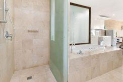 221 Santai bathroom