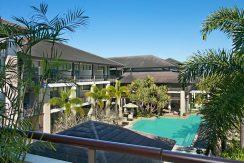 221 Santai pool view